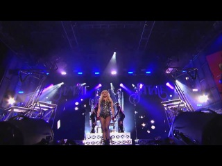 Britney Spears - Hold It Against Me (Live @ Jimmy Kimmel Live)